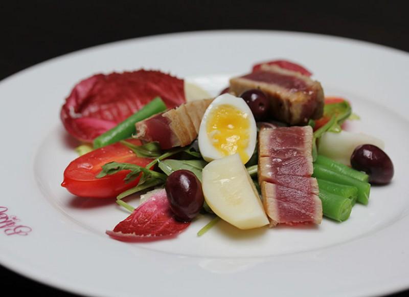 Tuna Niçoise Dish