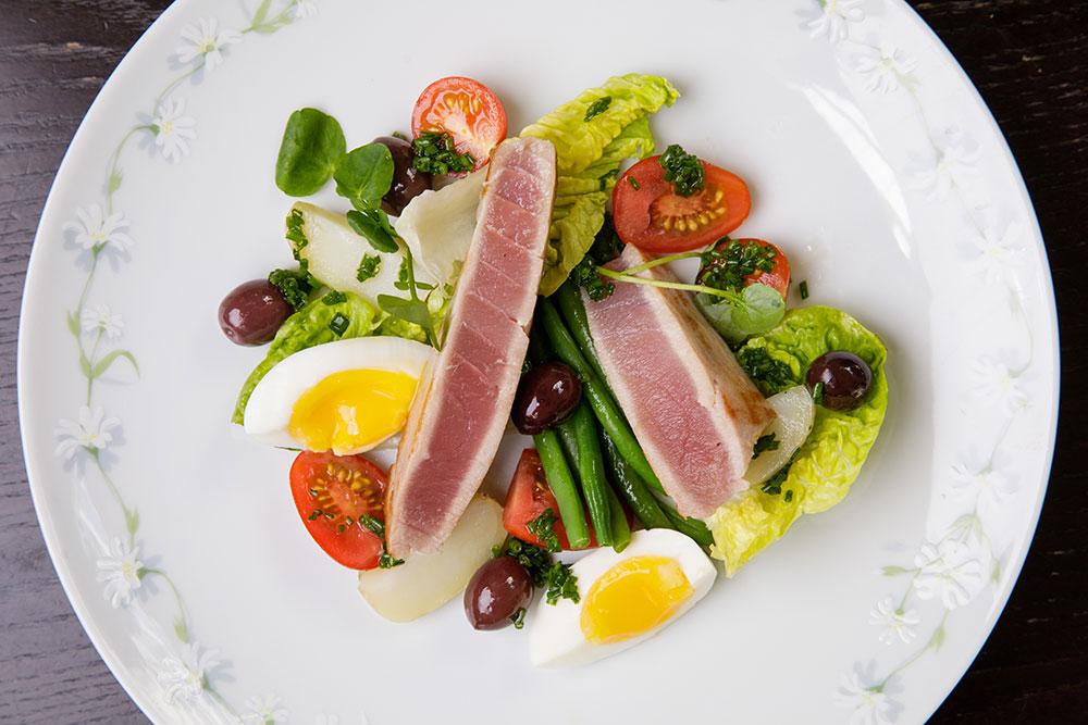 Banjo Tuna Nicoise Salad Special