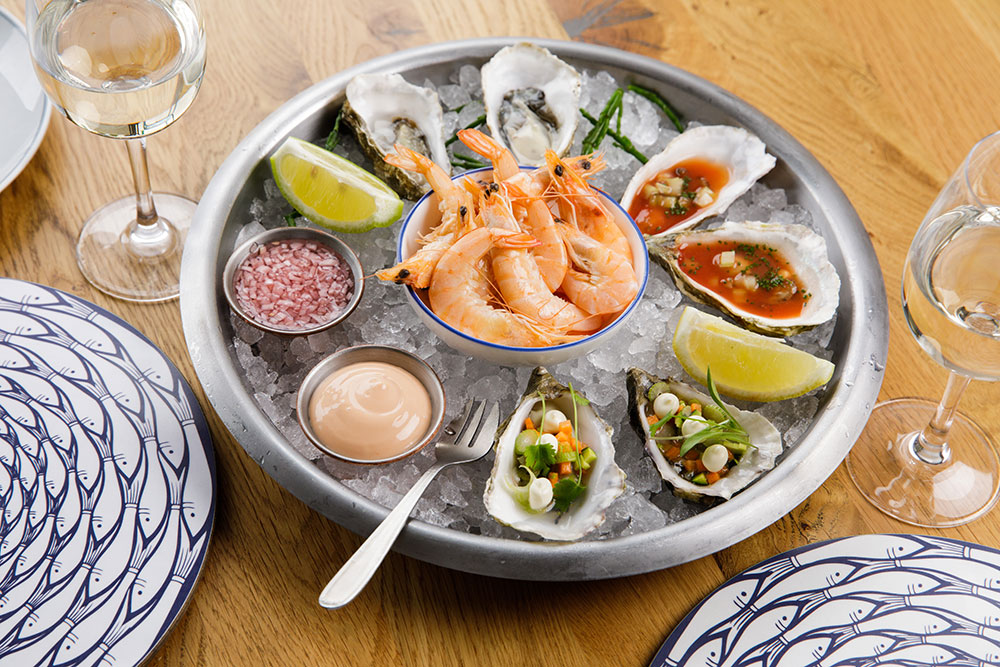 Oyster Box Chilled Oyster & Prawn Plate